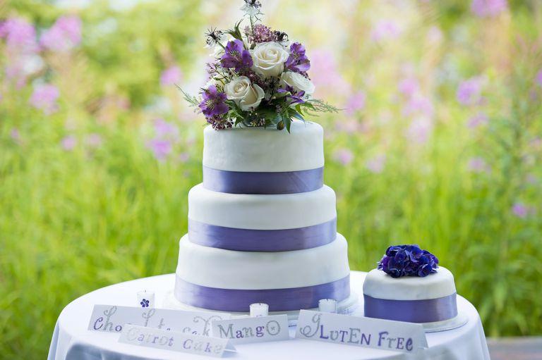 Handfasting Cake