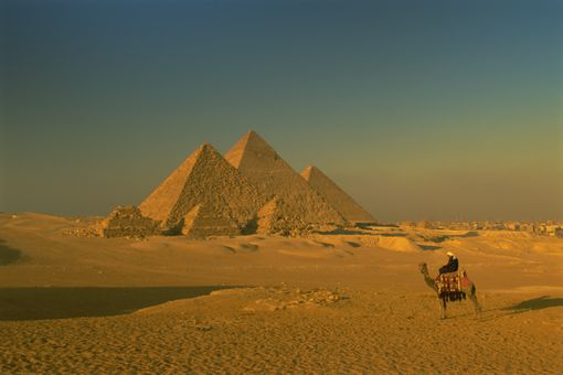 The Pyramids at Giza, UNESCO World Heritage Site, Cairo, Egypt, North Africa, Africa