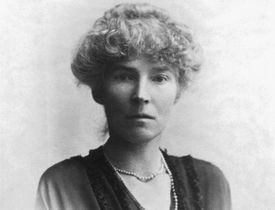Black and white photo of Gertrude Bell