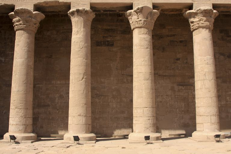 a look at ancient columns from persia and egypt