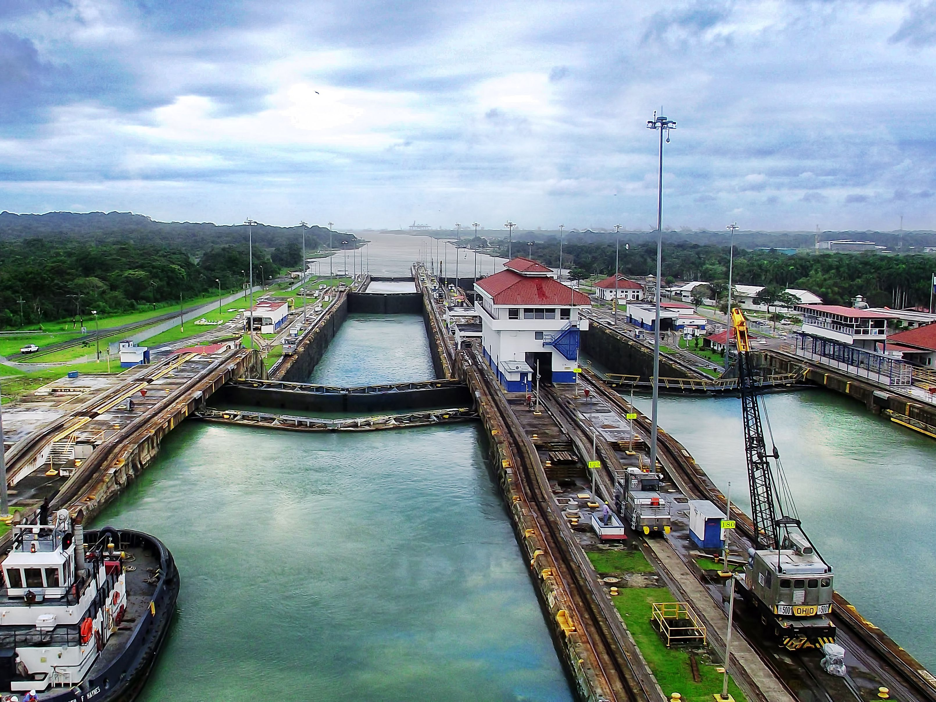 Which Direction Do You Sail Through the Panama Canal?
