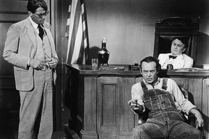 G.Peck Questions Witness In 'To Kill a Mockingbird'
