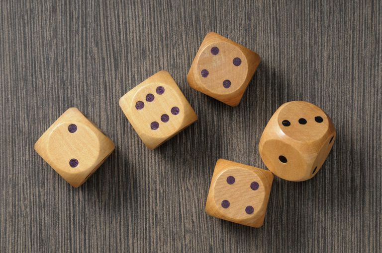 How to Play Chinese Liar's Dice