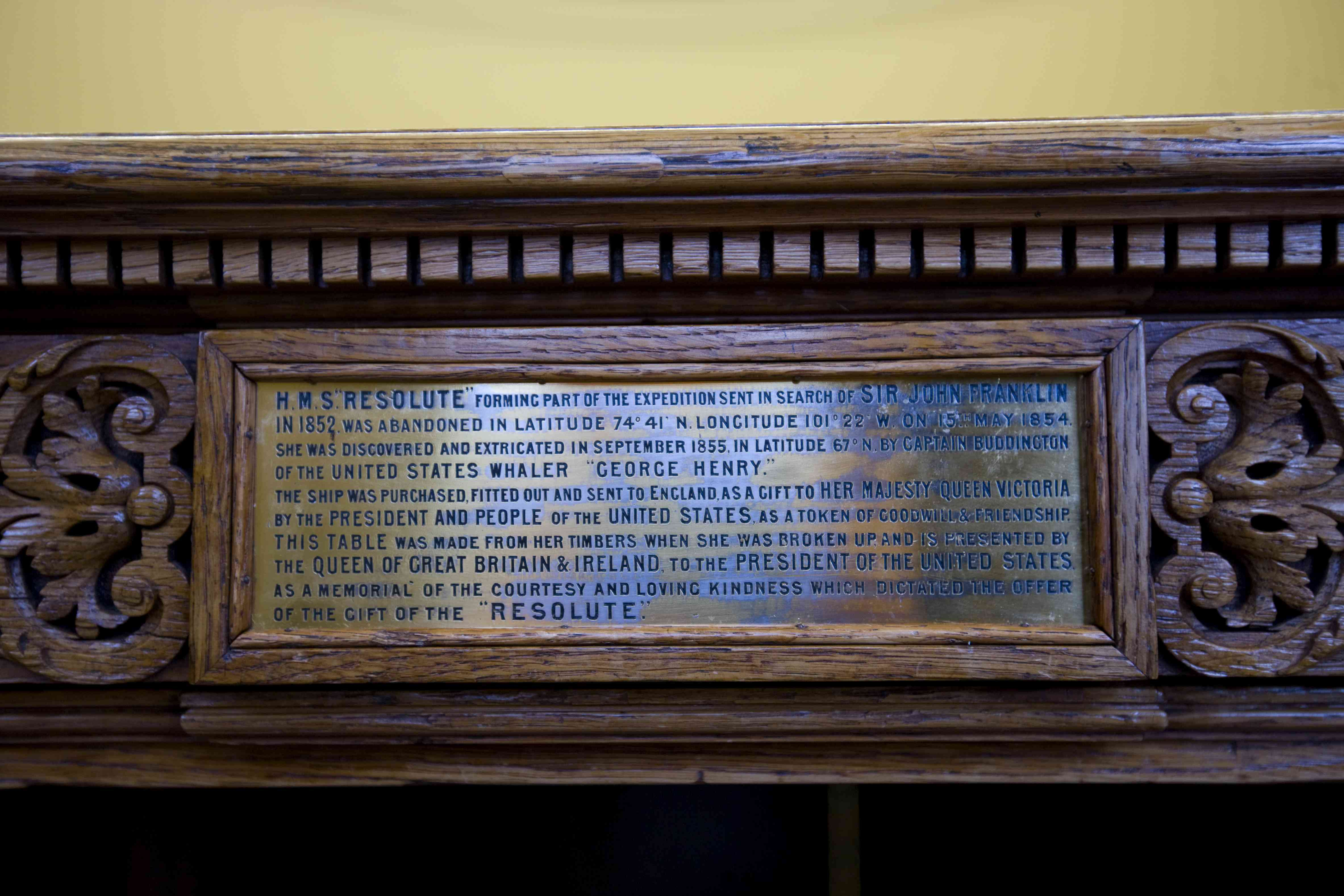 Plaque on the Resolute Desk