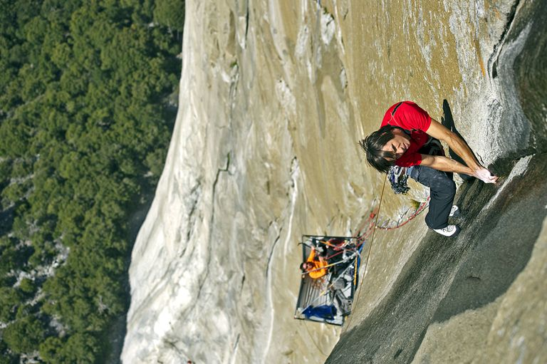 e8f086f2d5f Climbers free climb up the steep face of El Capitan in Yosemite Valley  using only their