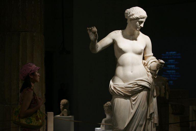 greek aphrodite