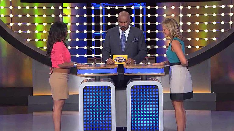 how to get free tickets to see family feud live